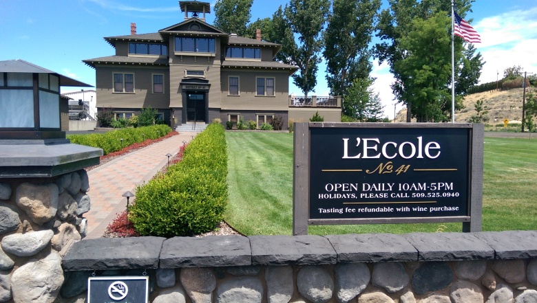 We had to stop at the L'Ecole No. 41 tasting room, which is located in an old school-house