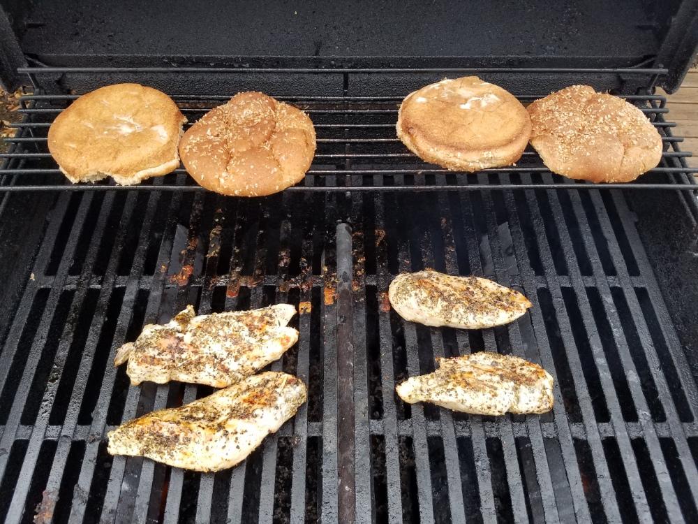 Oooohhhh... toasty buns!